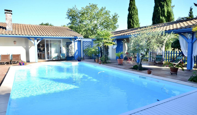 Villa avec piscine et terrasse Biganos