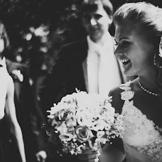 Wedding photographer Evgeniya Gnatovskaya (Evgenichka). Photo of 16.12.2013