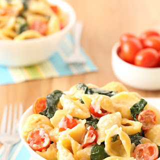 Tomato, Spinach, and Goat Cheese Pasta