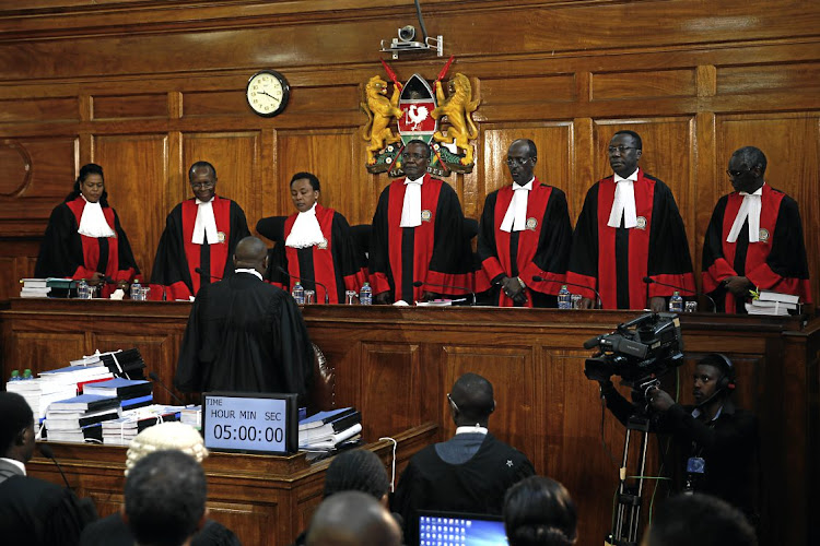 Supreme Court judges nullified the presidential election, citing irregularities.