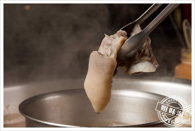 岡鐵牛鍋物工廠綜合鍋物拼盤帶皮羊肉