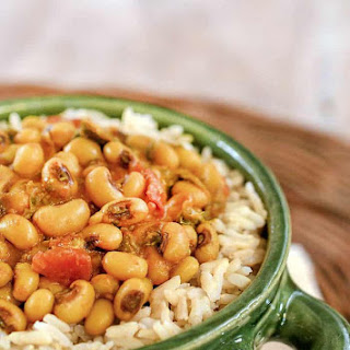 Black-Eyed Pea Curry with Spinach From Indian Instant Pot® Cookbook Recipe