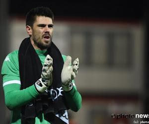 Ferrera reageert op het plotse vertrek van Valdés en Maniatis, zijn uitleg is merkwaardig