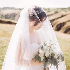 Wedding photographer Antonina Meshkova (theperfect). Photo of 02.10.2018