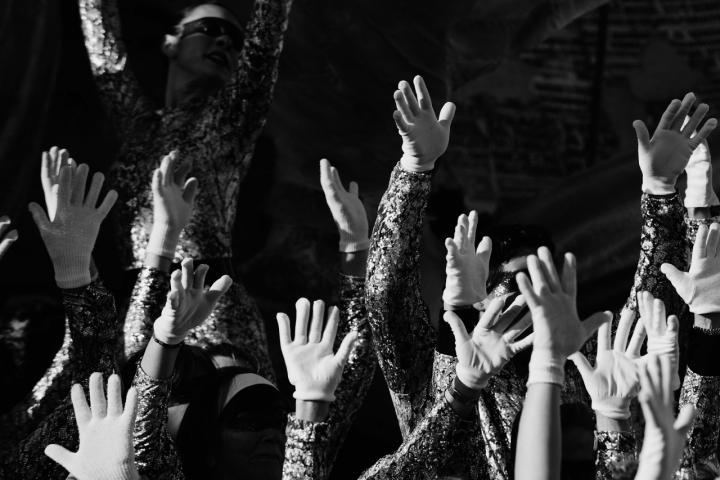 Hands Up  Tatto di Andrea Izzotti