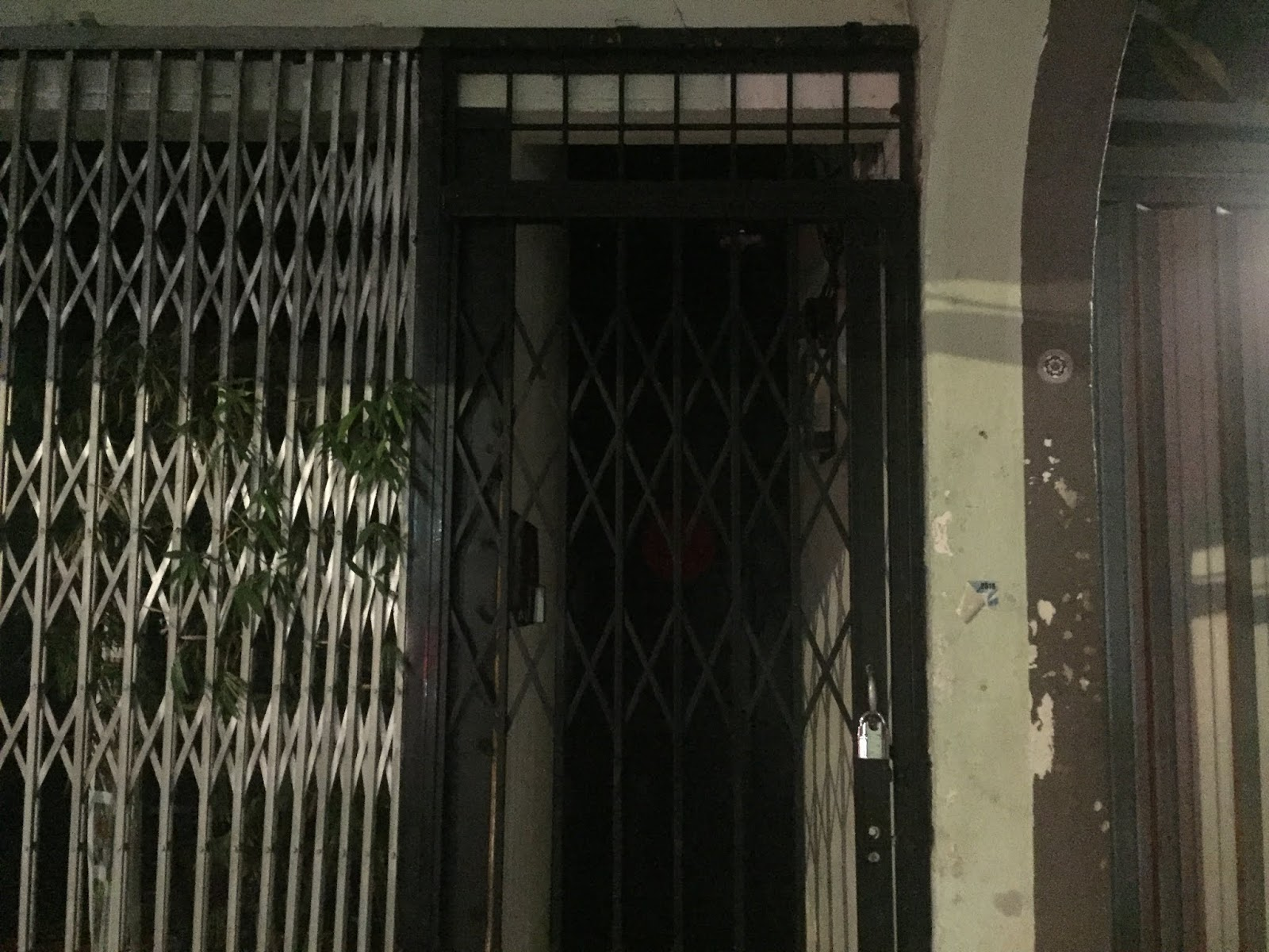 Hidden Bar KL, Shuang Xi