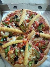 Pizza Hut photo 16