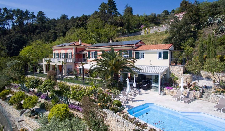 Villa avec piscine et terrasse La Spezia
