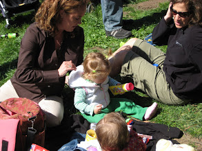Photo: Easter picnic, Alta Plaza Park, San Francisco, March 23, 2008