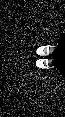 Guardando le mie scarpe di manolina