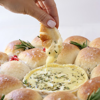 Baked Camembert Bread Wreath.