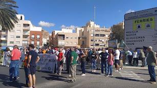 Alrededor de 200 almerienses se han manifestado hoy.