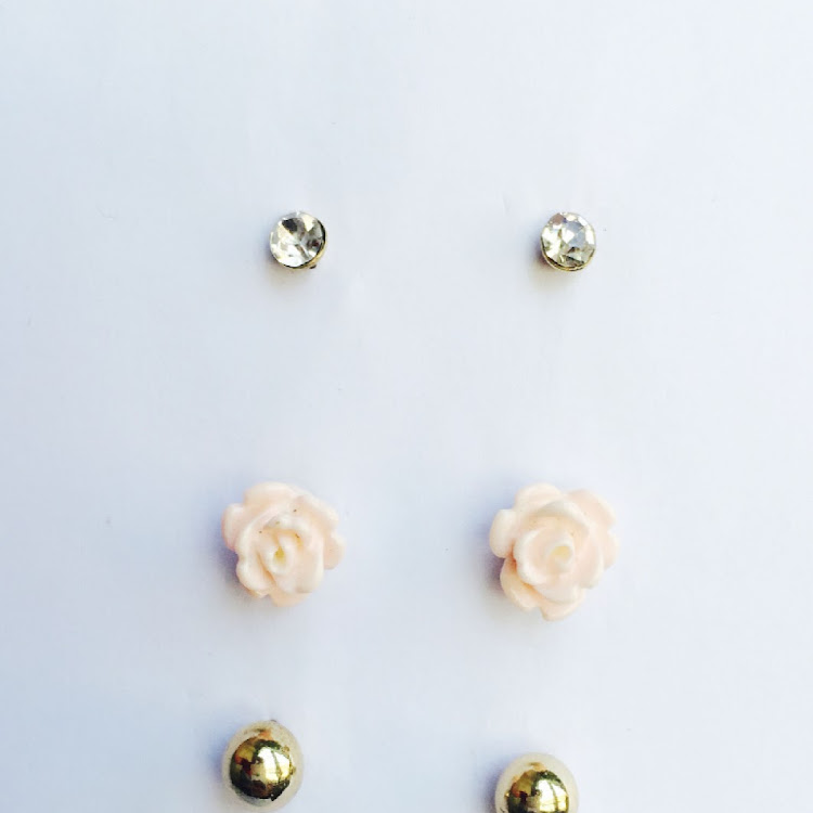 E041 - M. All for the rose Medley Earrings by House of LaBelleD.