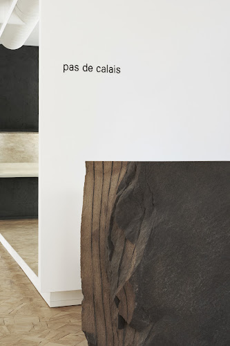 patwork wood floor lava stone pas de calais store in paris photo by Adrien Dirand