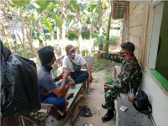 Anggota Denzibang 2/ Palangkaraya Cipatakan Kenyamanan ditengah warga