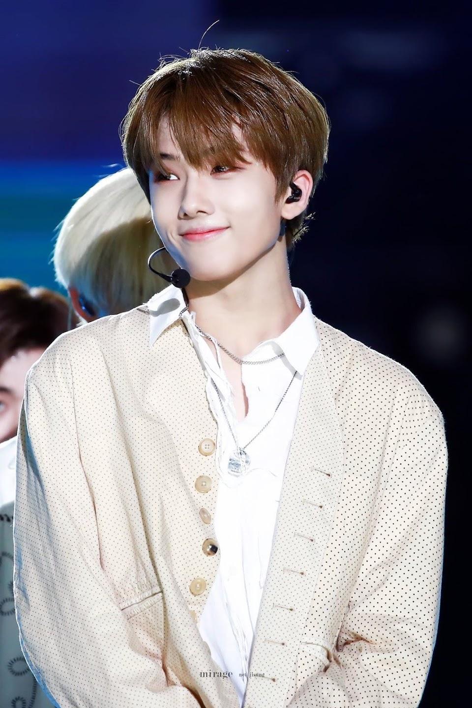cute idol 34