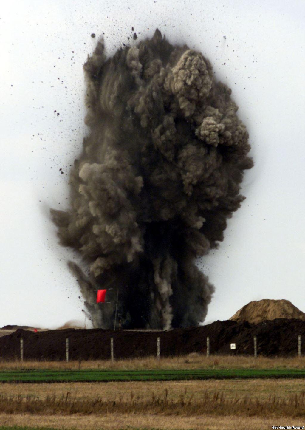 Остання пускова установка ракети РС-22 знищена поблизу Первомайська. Всього на території України було знищено 46 пускових установок РС-22