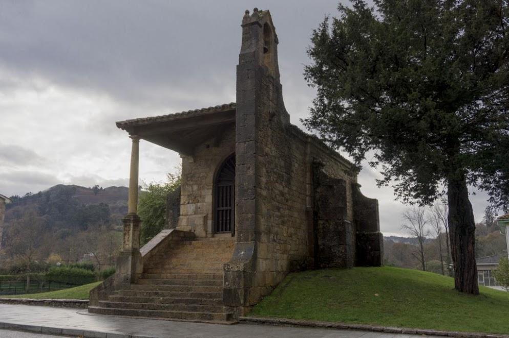 Iglesia de la Santa Cruz de Cangas de Onís.