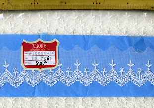 Photo: №349500-30チュールレースオフ:巾55㎜ (13.7m)