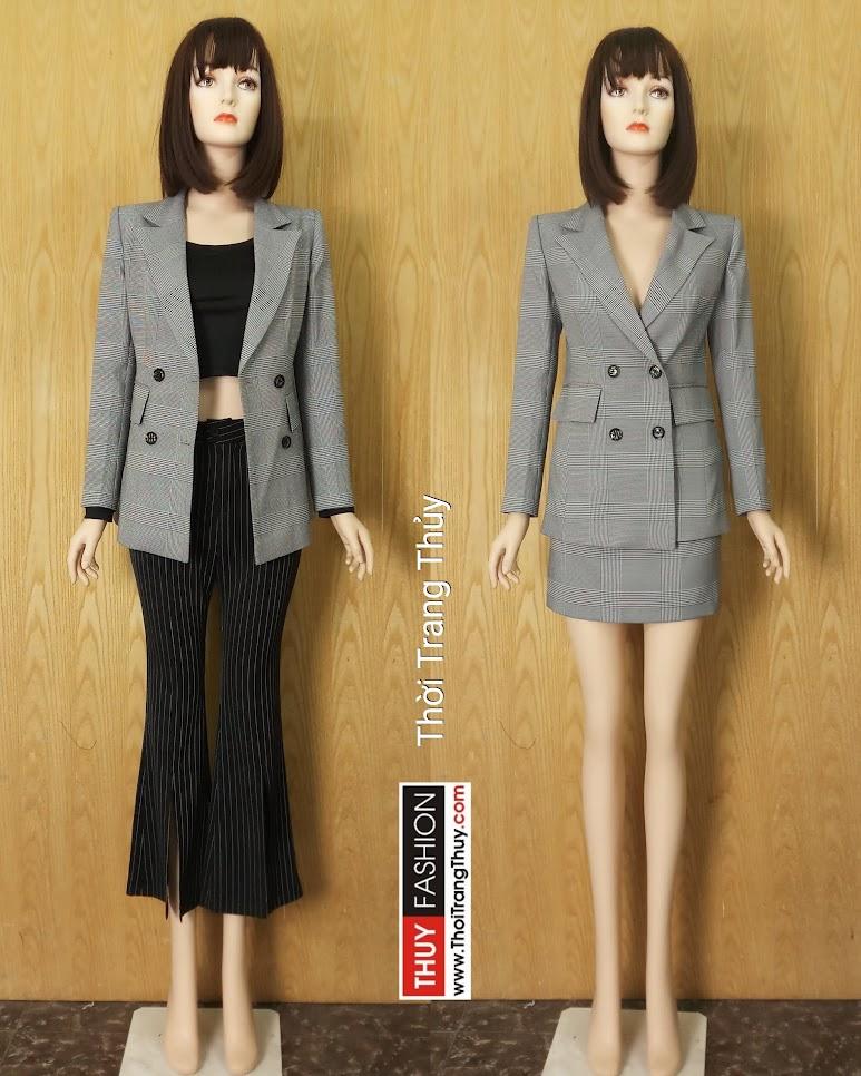 Áo blazer nữ dáng dài kẻ caro hai hàng cúc V630 thời trang thủy hải phòng