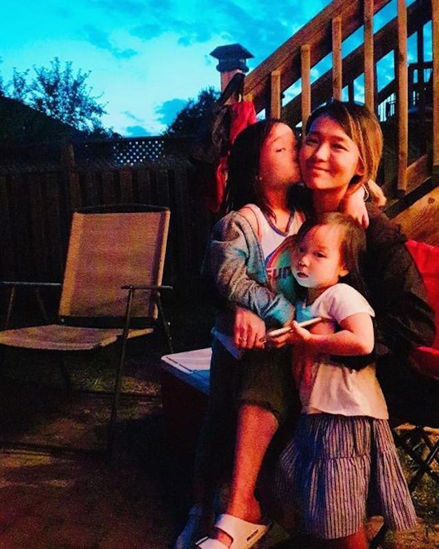 Sunye-Family-Photo