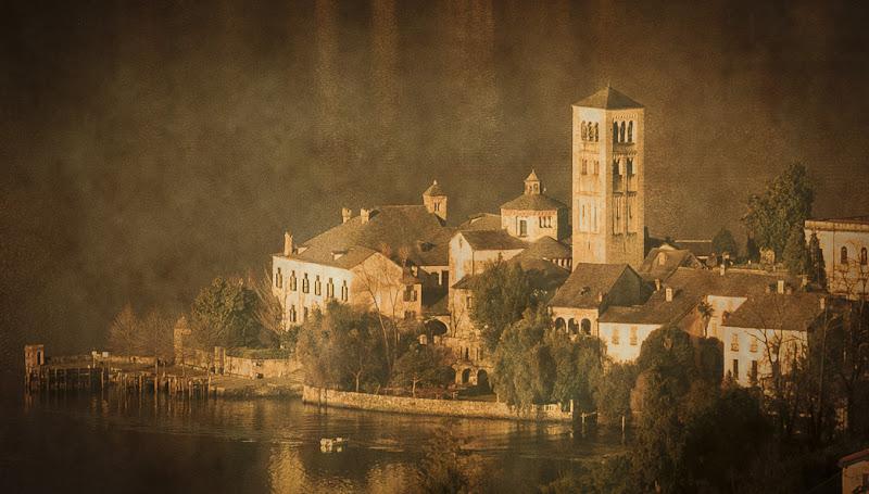 Saluti da Orta San Giulio di Detu