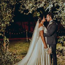Wedding photographer Valery Garnica (focusmilebodas2). Photo of 29.11.2017