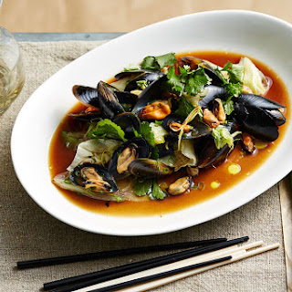 Stir-fried Mussels With Iceberg, Ginger And Shallots.
