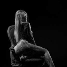 inked nude by Reto Heiz - Nudes & Boudoir Artistic Nude ( studio, erotic, sexy, nude, nudeart, tatoo model, lowkey )