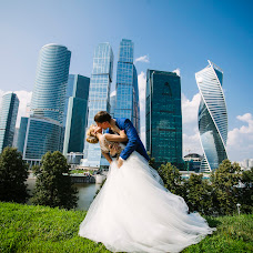 Wedding photographer Sveta Obolenskaya (svetavesna). Photo of 23.09.2016