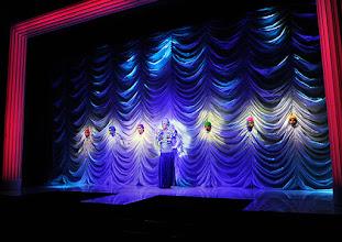 Photo: LA CAGE AUX FOLLES von Jerry Herman in den Wiener Kammerspielen der Josefstadt. Premiere 10.9.2015. Inszenierung: Werner Sobotka. Niran Michael Dangl u.a. Copyright: Barbara Zeininger