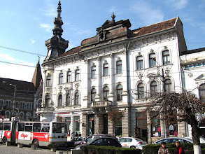 Photo: Nr.38 -  Str. Regele Ferdinand - Palatul Babos  construit din 1890, în stil neogotic.  A găzduit birourile Breslei Artelor Frumoase Ardelene. Monument istoric.  http://www.europeana.eu/portal/record/09401c/B92C55CFD883388527B4F7AB09E3C9F5950FF5DD.html?start=4 (2011.10.20)
