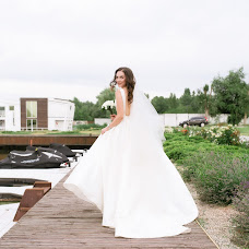 Wedding photographer Vasilisa Ryzhikova (Vasilisared22). Photo of 24.08.2018