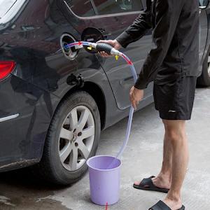 Pompa manuala pentru transfer lichide