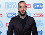 Pete Wicks says Gemma Collins would be a 'demon' in bed