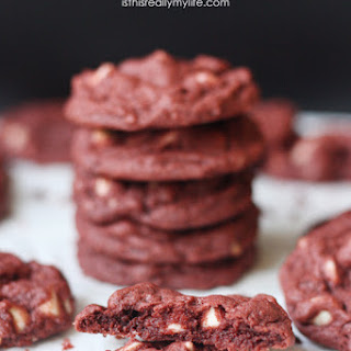 Red Velvet Pudding Cookies