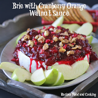 Brie with Cranberries and Walnuts