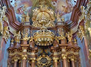 Photo: Kloster Melk: Siftskirche St. Petrus und Paulus: Detail des Hochaltars
