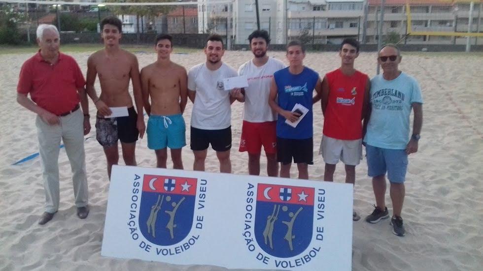 Torneio de voleibol de praia com campeões lamecenses