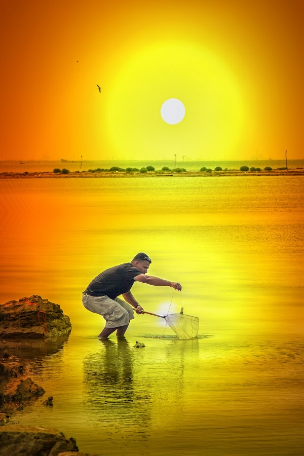 Crab Fishing by Ron Meyers - Sports & Fitness Other Sports