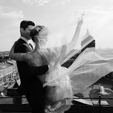 Wedding photographer Liza Karazhova (LizaKa). Photo of 30.11.2017