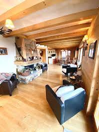Chalet 7 pièces 250 m2