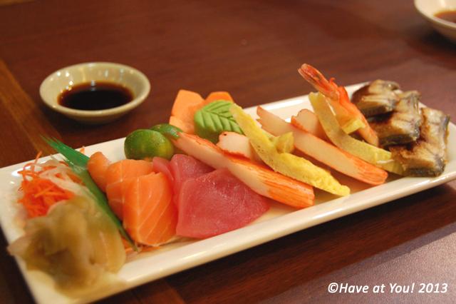 mixed sashimi platter