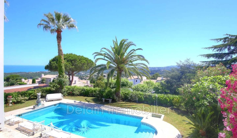 Villa avec piscine et terrasse Villeneuve-Loubet