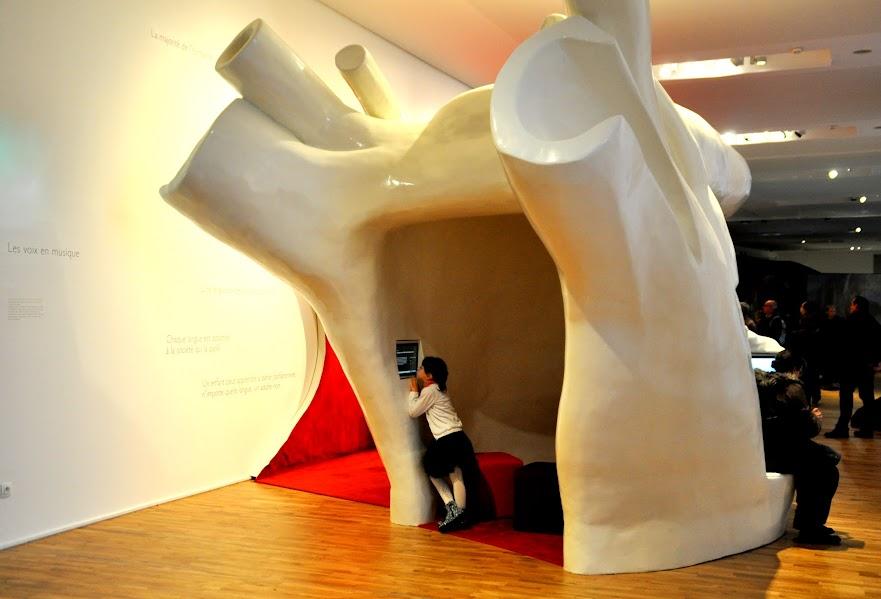 musee-de-l-homme-avec-les-enfants