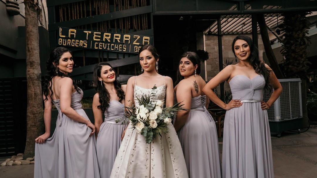 Siluette Renta De Vestidos Tienda De Ropa Para Mujeres En