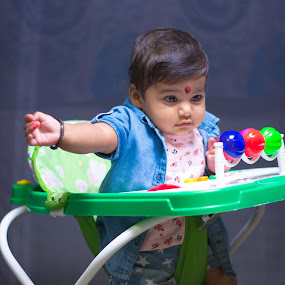 Atikya by Himanshu Jethva - Babies & Children Children Candids ( sweet, girl, atikya, baby girl, baby, kids )