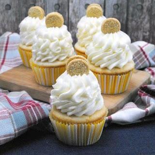 Vanilla Oreo Cupcakes.