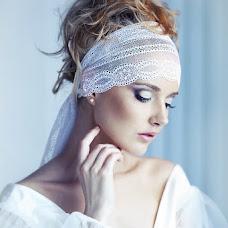 Wedding photographer Galina Makarova (Gala). Photo of 09.11.2013