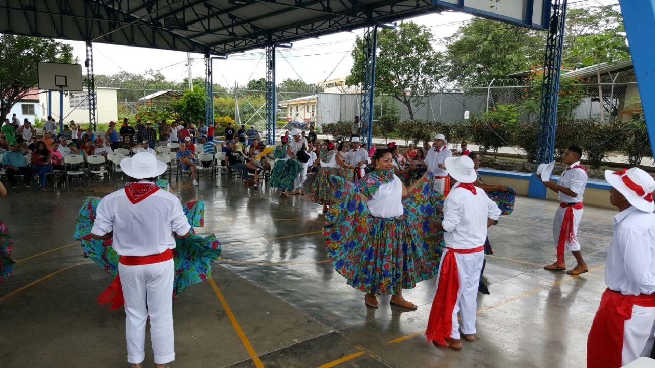 FÚTBOL, TEATRO Y BAILE TUVIERON LUGAR EN EL CAI LIBERIA